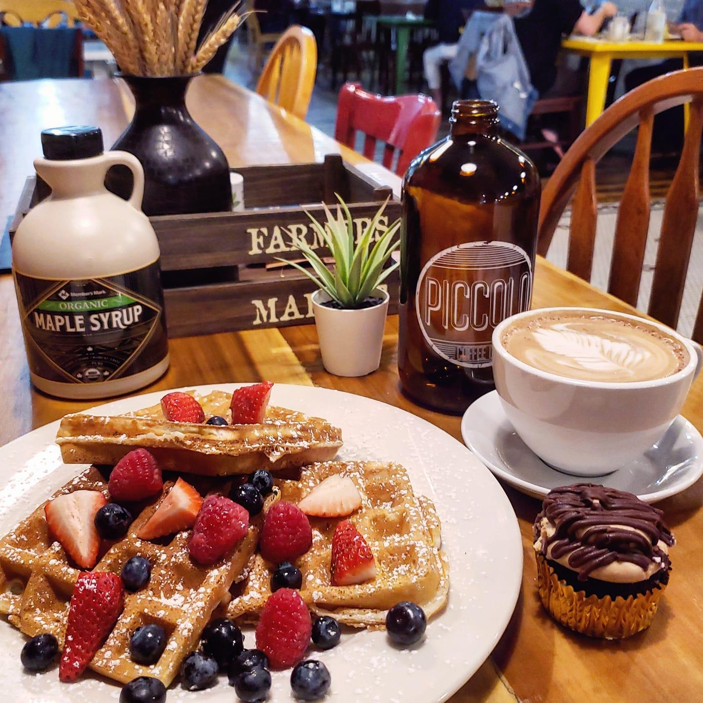 eggs and oats downtown winter garden waffles