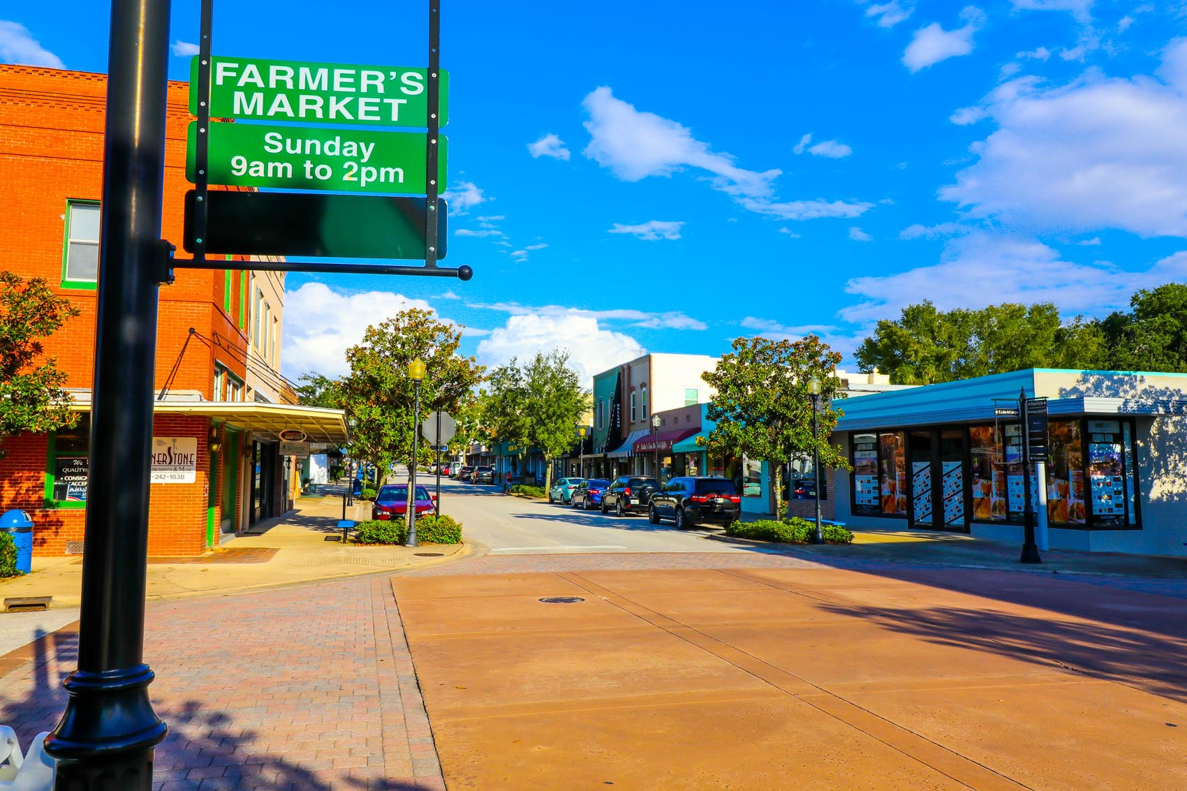 Clermont's Farmers Market Row