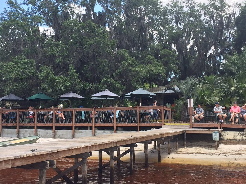 Lake Minneola, FL, Tiki Bar