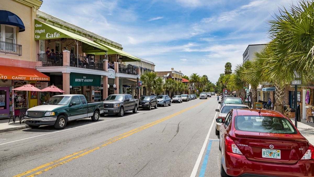 scenic downtown mount dora