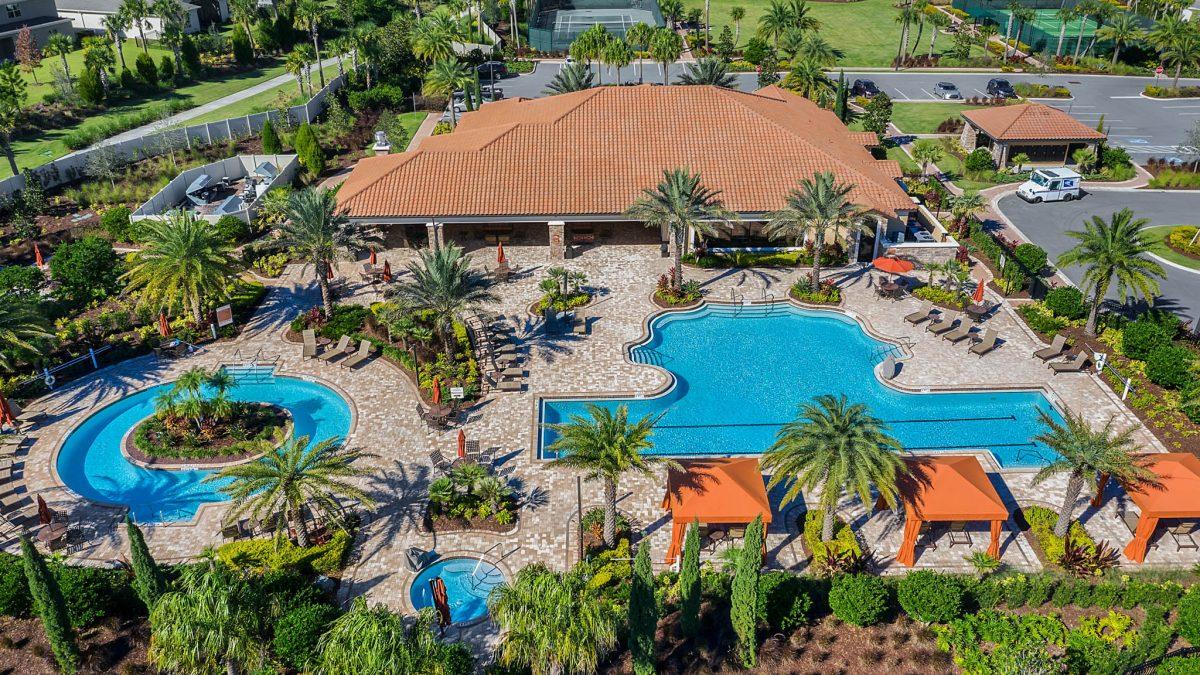 Esplanade at Highland Ranch pool