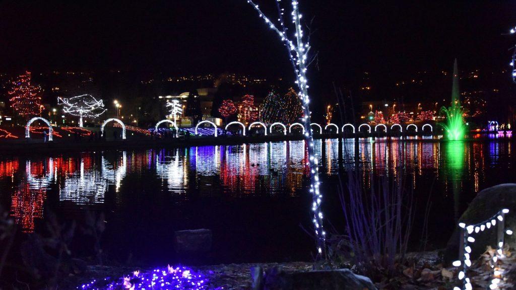 mount dora christmas lights